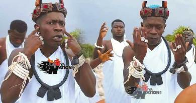 Shatta Wale performing Botoe Listen Official Music Video directed by PKMI, song produced by Shatta Wale.