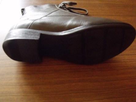 Schuhe unten