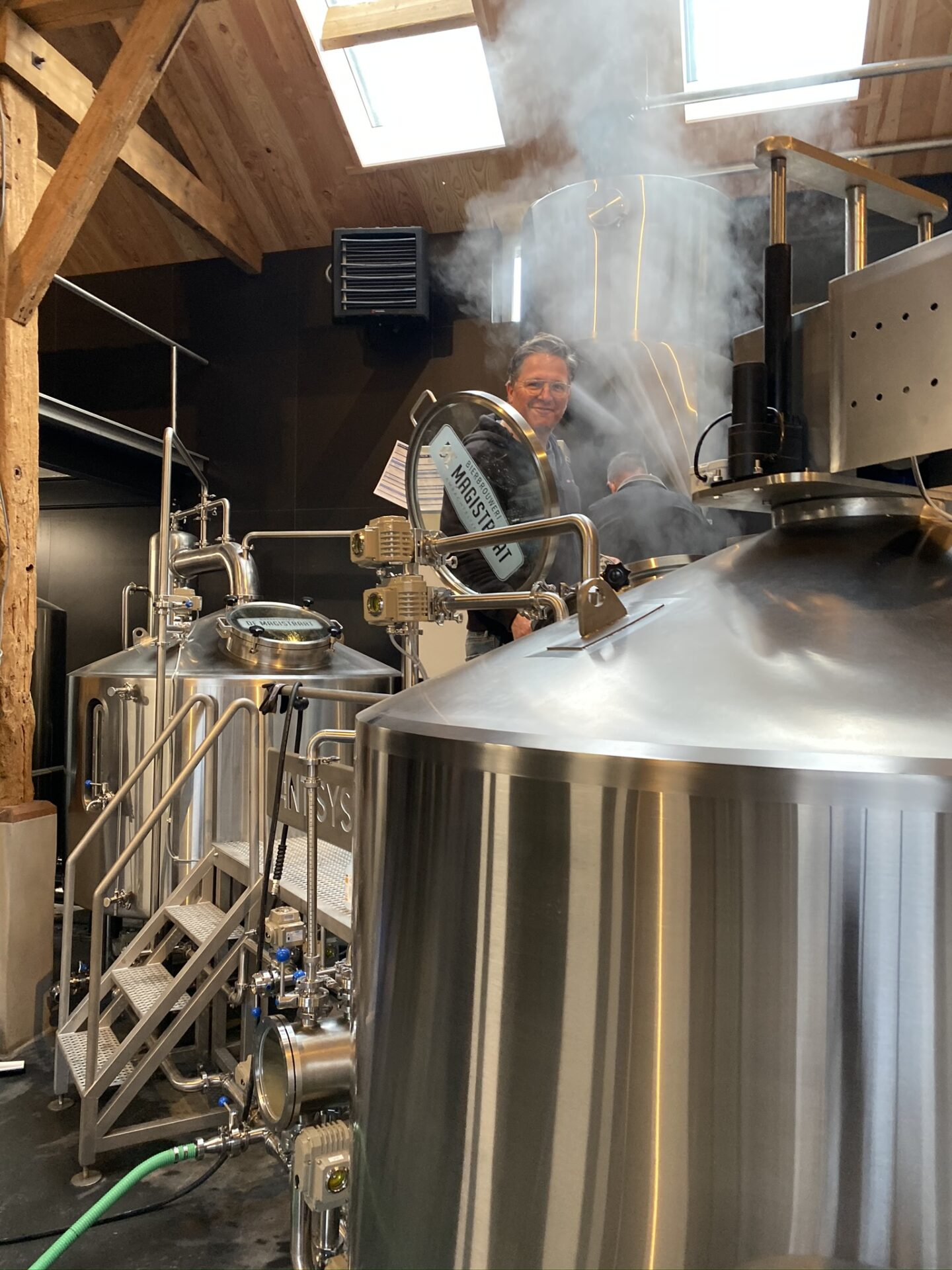 https://i2.wp.com/www.bierbrouwerijdemagistraat.nl/wp-content/uploads/2020/04/0455165F-5863-42DD-9FB5-0A7AF818BE78.jpg?fit=1536%2C2048&ssl=1