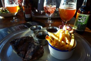 Beers & Barrels Harbour - eten