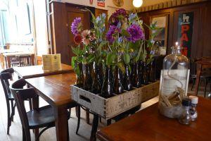 Taveerne De Twaalf Balcken Bloemen