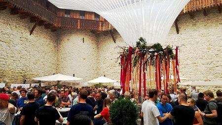 Publikum am 3. Craft Bier Festival Rapperswil
