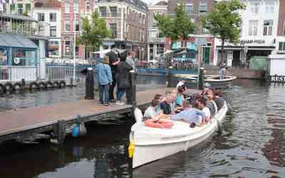 11 juni 2017 – Bieren en varen tijdens Zomerbiervaart in Leiden