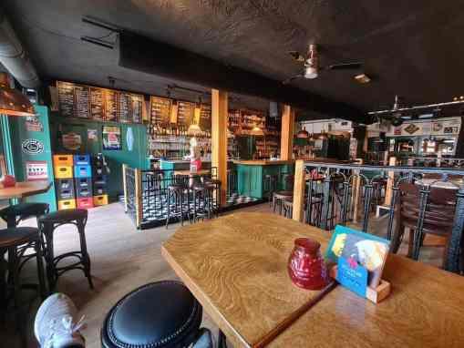 Bierlokaal & muziekcafé de Veste