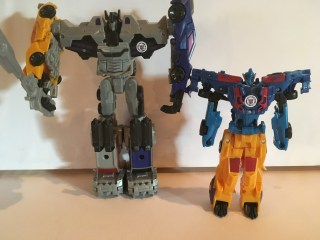Toys Review - the Combiner Force Stunticons