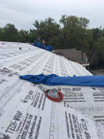 200 Sqs Shingle Roof Tear off and Replace