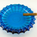 Beautiful huge party ashtray, perfect for pool area, patios and smoking lounges
