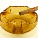 vintage cigar ashtray made in the USA by Viking Art Glass