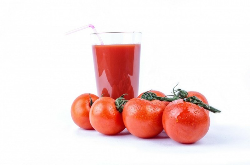 tomato-Home Remedy For Kidney Stones