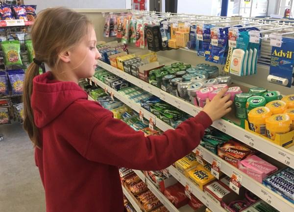 shoppers gum