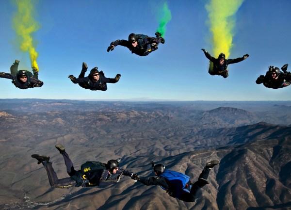 california parachutists skydivers