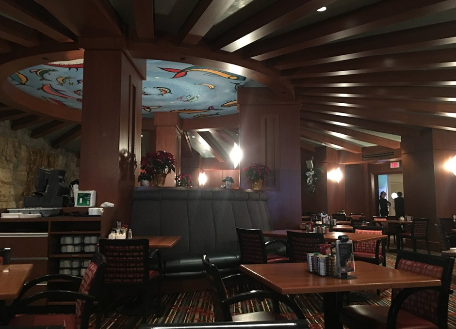 great food weirs restaurant seating