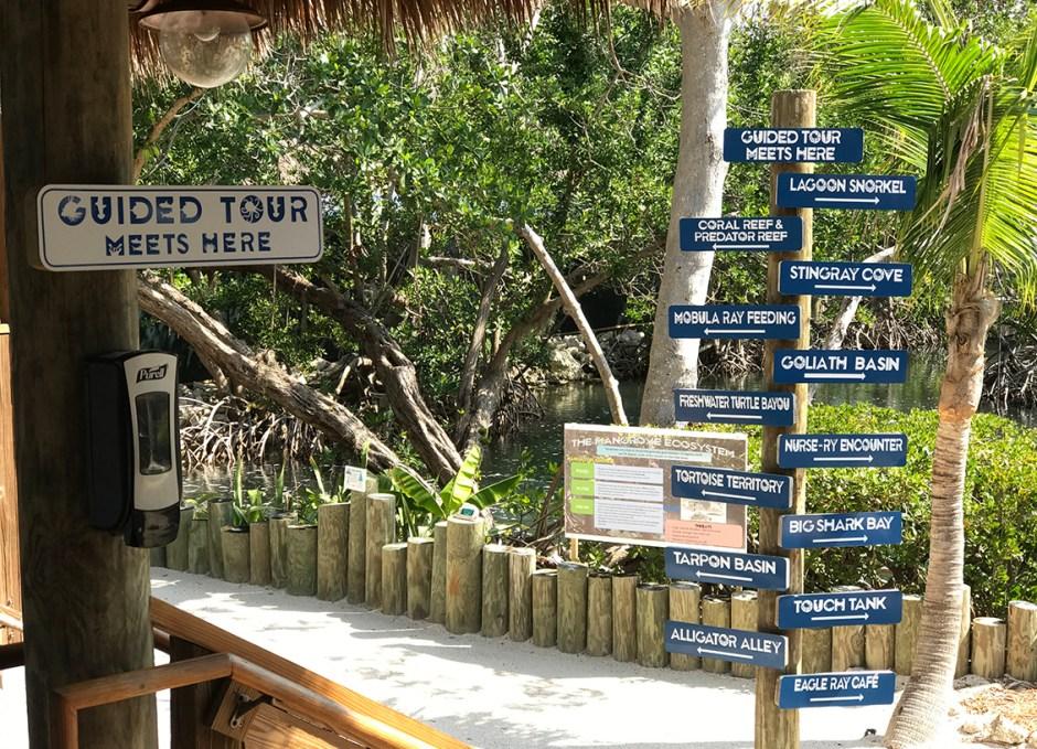 Aquarium Encounters guided tour sign