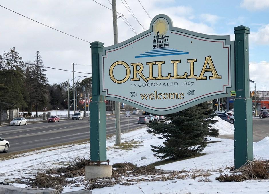 shop downtown orillia town sign