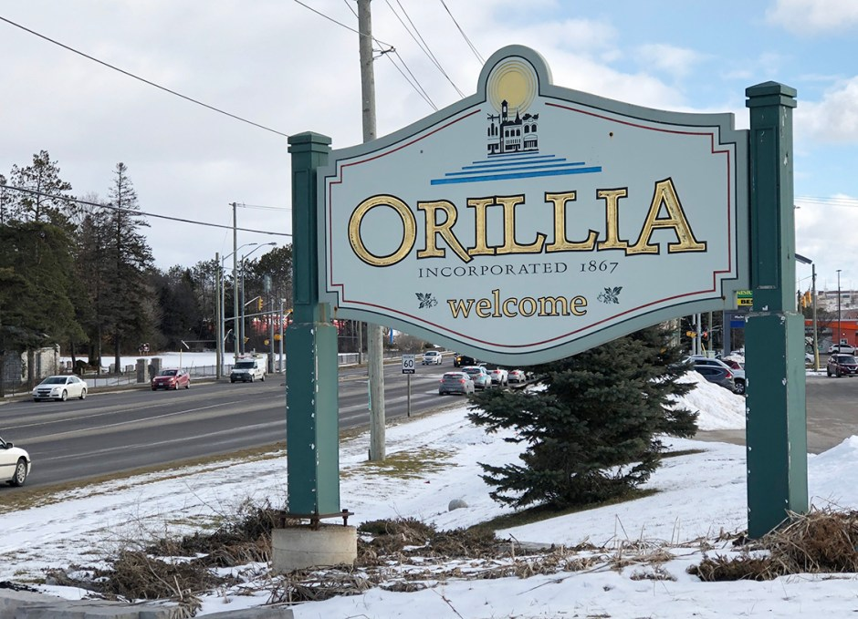 shop downtown orillia town sign
