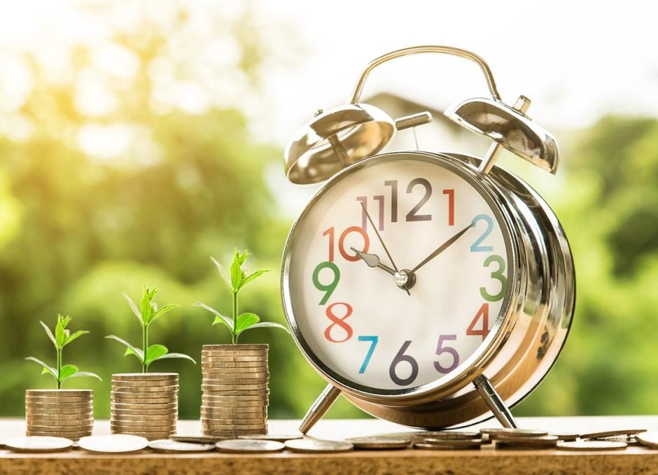 Investing money-2696229_1920