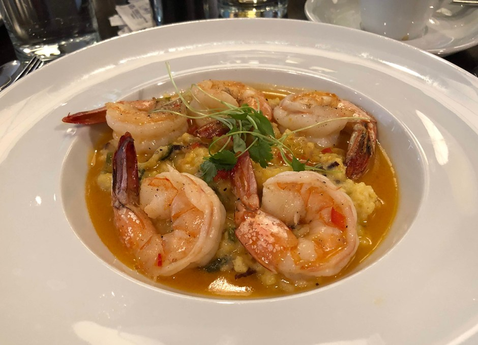 Avelina shrimp and grits