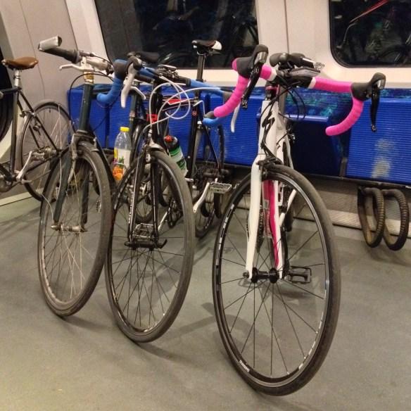 danimarka metrosunda bisiklet