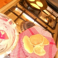 Sunday afternoon pikelets