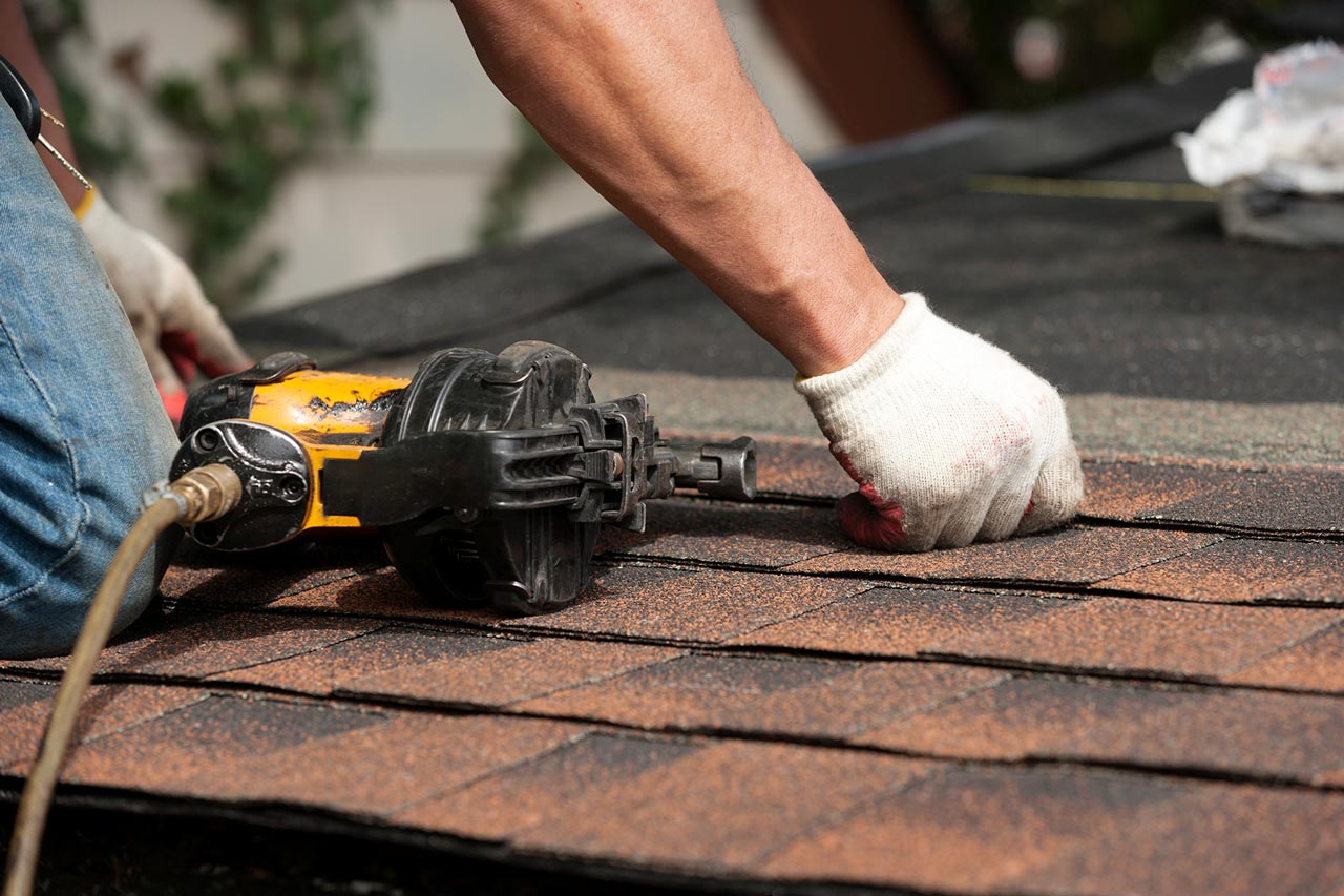 Residential Roofing Options Pros And Cons Of Shingle Roofing Big Fish Contracting Roofing Contractors And Exterior Renovations
