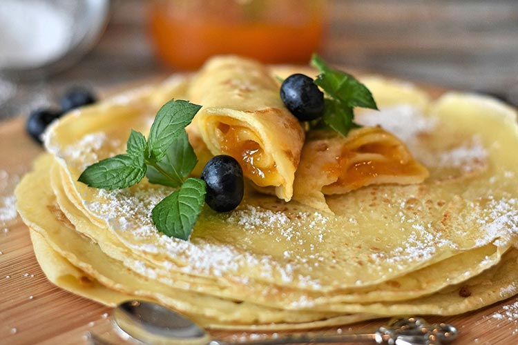 Blueberry Maple Crispy Pancakes
