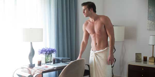 liam-hemsworth-shirtless-paranoia3-slide