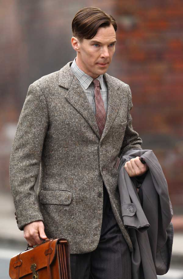 benedict-cumberbatch-imitation-game-set-pic2