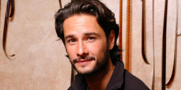 Rodrigo-Santoro