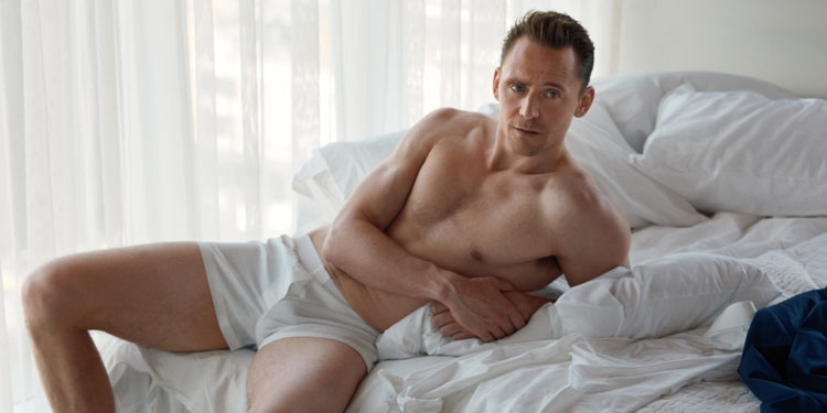 tom-hiddleston-w-pic3-slide