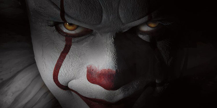 it-first-look-pennywise-slide