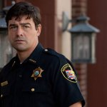 "Kyle Chandler Up For <span class=""pt_splitter pt_splitter-1"">Godzilla: King of the Monsters</span>"