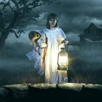 "New Annabelle: Creation Trailer<span class=""pt_splitter pt_splitter-1""> – The creepy doll is back & causing trouble</span>"
