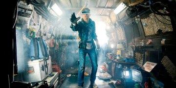 "New Ready Player One Trailer<span class=""pt_splitter pt_splitter-1""> – Steven Spielberg takes us into a sci-fi VR Oasis</span>"