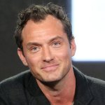 "Jude Law Will Play The Male Lead<span class=""pt_splitter pt_splitter-1""> Opposite Brie Larson In Captain Marvel</span>"