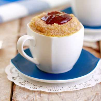 Microwave Jelly Donut in a Mug: Mugnut