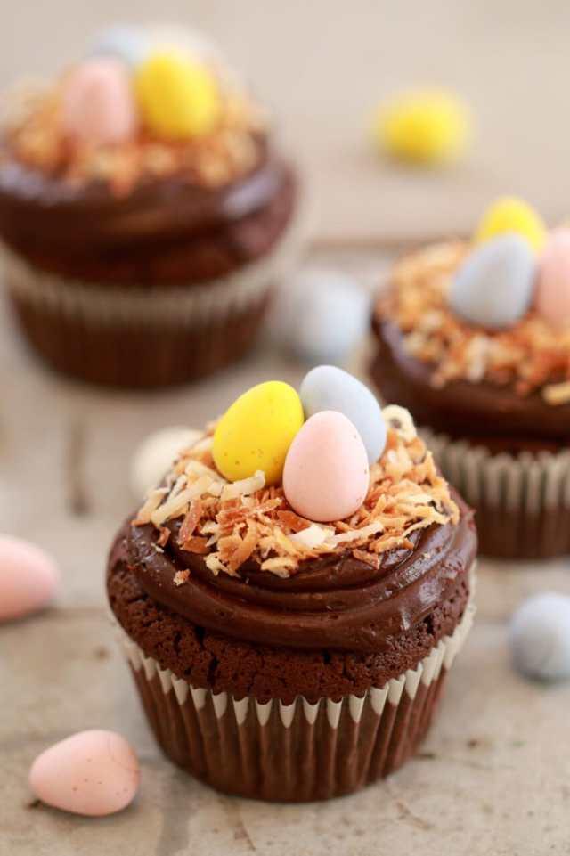 Cupcakes, cupcake recipes, easter cupcakes, spring cupcakes, flourless chocolate cupcakes, Vanilla Cupcakes, Carrot Cake cupcakes, best ever carrot cake, cute cupcakes,Easter recipes, spring recipes, easter desserts, easter time, desserts for easter, Easter Sunday, easter dinner desserts, spring time,Recipes, baking recipes, dessert, desserts recipes, desserts, cheap recipes, easy desserts, quick easy desserts, best desserts, best ever desserts, simple desserts, simple recipes, recieps, baking recieps, how to make, how to bake, cheap desserts, affordable recipes, Gemma Stafford, Bigger Bolder Baking, bold baking, bold bakers, bold recipes, bold desserts, desserts to make, quick recipes