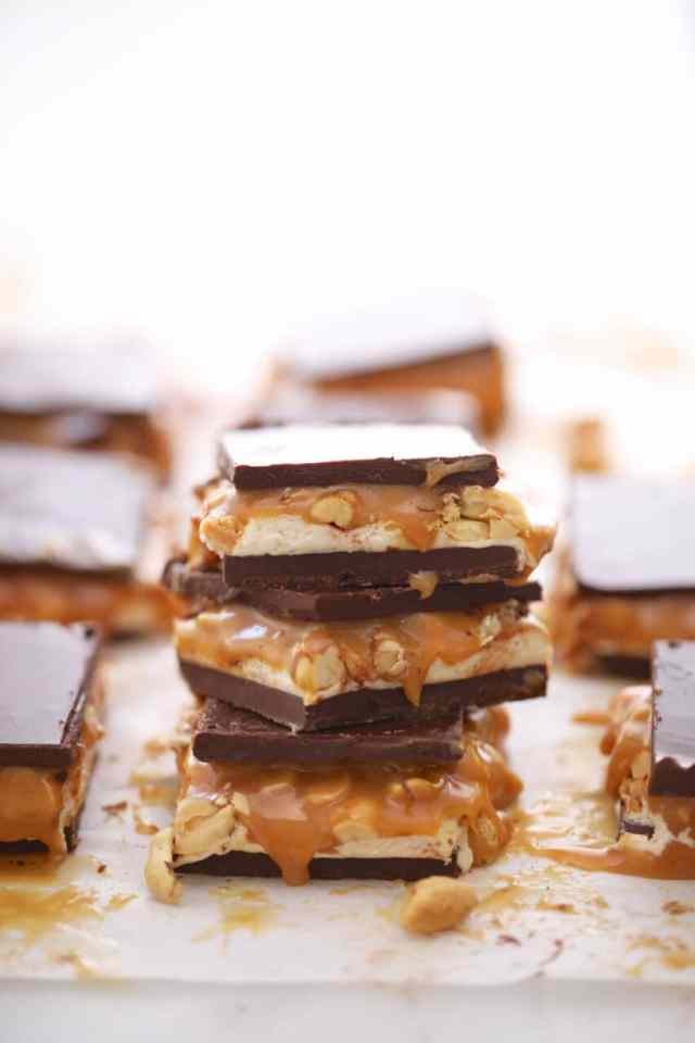 homemade candy bar, homemade chocolate bar, homemade snickers, DIY candy bar, DIY snickers bar, fudge, candy bar, chocolate bar