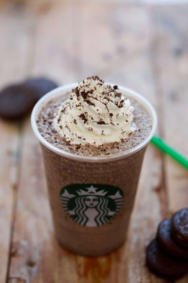 Starbucks Frappuccinos, Starbucks Frappuccino, starbucks drinks, blended drinks, milkshakes, frozen drinks, starbucks secret menu, secret menu drinks, diy starbucks frappuccinos, Homemade Starbucks Frappuccinos, summer drinks, starbucks secret menu Frappuccinos