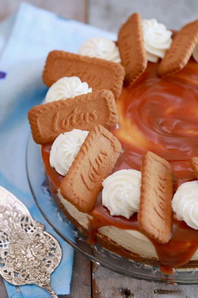 No-bake Biscoff Cheesecake, No-bake Cheesecake , No-bake desserts, biscoff cheesecake, cookie butter cheesecake, speculoos cheesecake, no bake desserts, cheesecake recipe, easy desserts, easy cheesecake recipe, egg free cheesecake, egg free recipes, egg free desserts