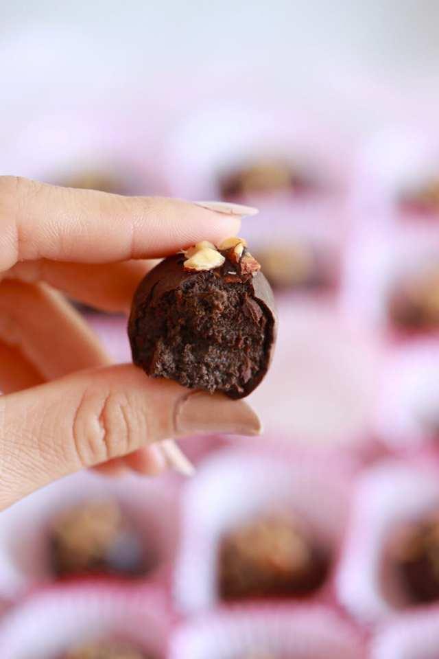 truffle recipes, chocolate truffle recipes, 3 ingredient recipes, Chocolate recipes, Chocolate truffle, Nutella recipes, easy brownie recipe, easy recipes, kid friendly recipes, cookie recipes, baking, easy desserts, dessert recipes, how to make truffles, no bake desserts