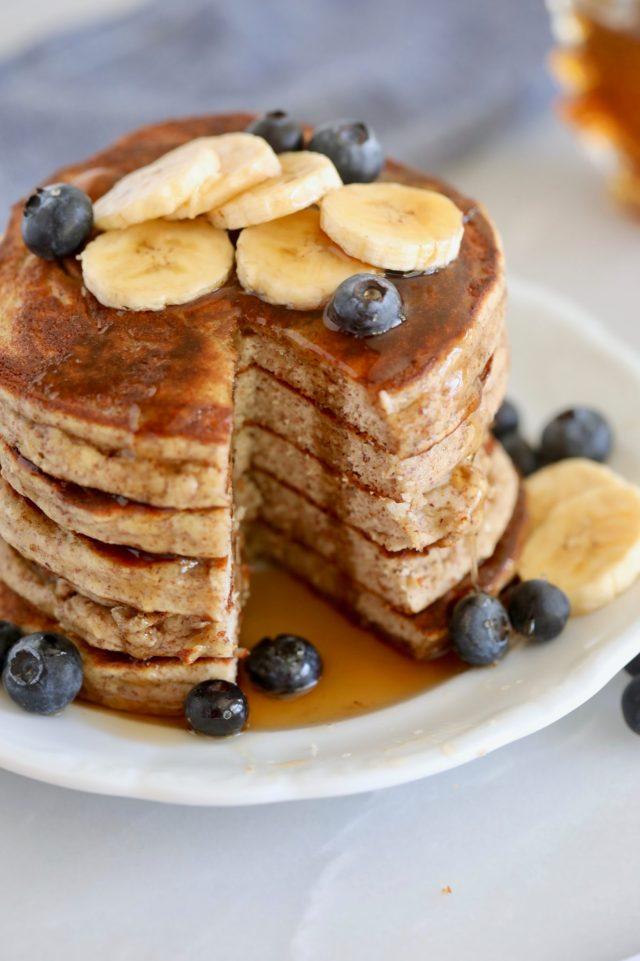 gluten free pancakes, paleo pancakes, gluten free pancakes recipe, paleo pancake recipe, paleo pancake mix best paleo pancakes, gluten free pancakes mix, paleo banana pancakes, how to make gluten free pancakes, gluten free pancakes help, homemade gluten free pancakes, homemade paleo pancakes, bigger bolder baking