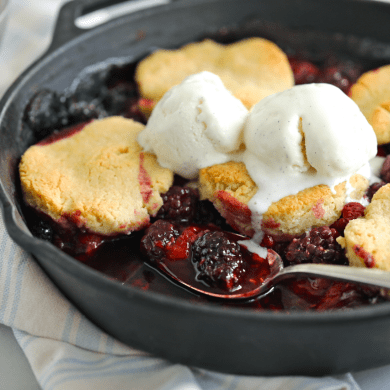 No Sugar Added Berry Cobbler (Low Carb)