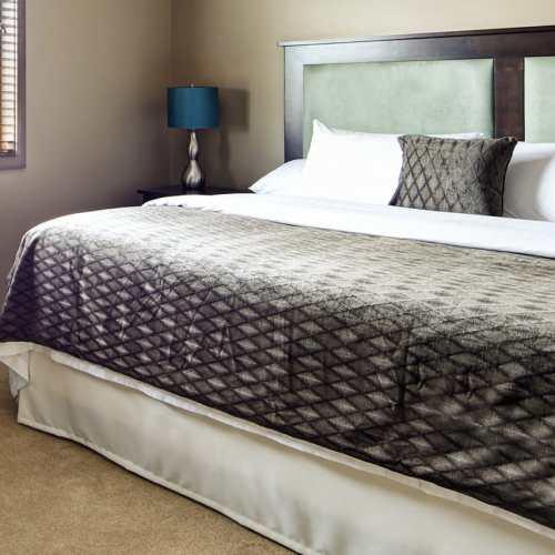 2-bedroom-suites-02