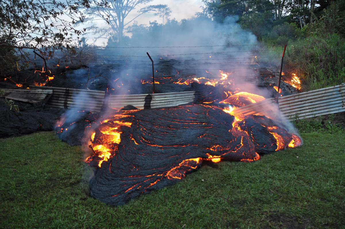Midday Lava Flow Update Tuesday Oct 28