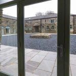cottages in lakes with hot tubs