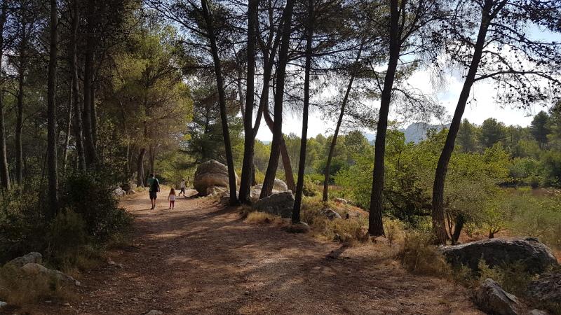 vall-de-laguar-camp-family-walk