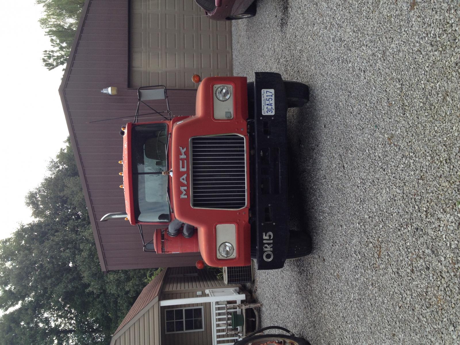 Mack R Model Lowboy Tractor 126 758 Miles
