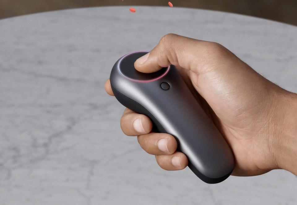 Ve srovnání s Hololens to ale není jediný rozdíl, Magic Leap One také nabízí mnohem širší úhel pohledu a na zobrazení virtuálních objektů používá jinou technologii.