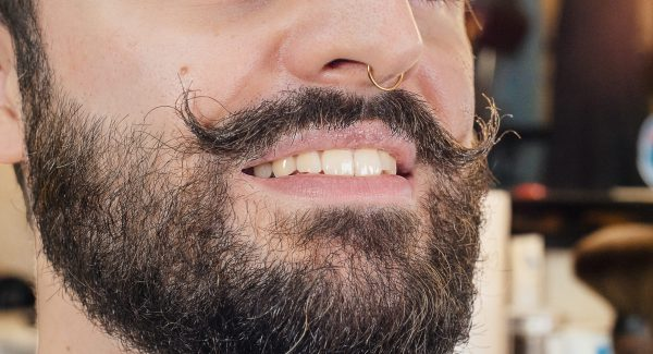 Routine moustache