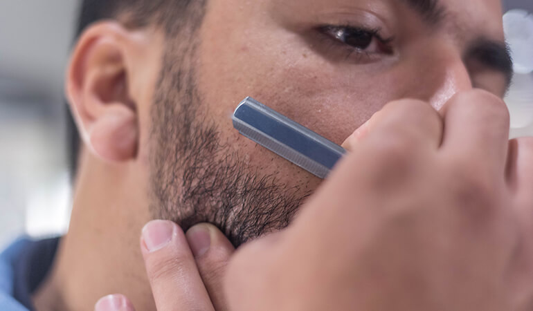 Différence entre shavette et coupe-choux